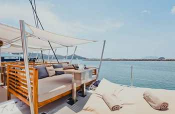Video VIP catamarans in Phuket photo №13