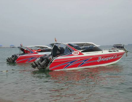 Speed boat for diving and outings