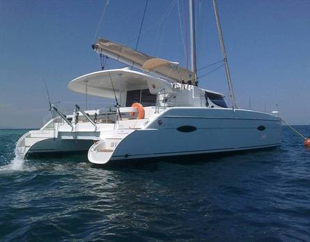 Catamaran for diving and/or an outing, 12,4 m