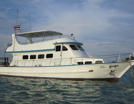 Boat for diving and/or fishing, 18 m