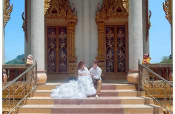 Wedding ceremony in the temple photo №8